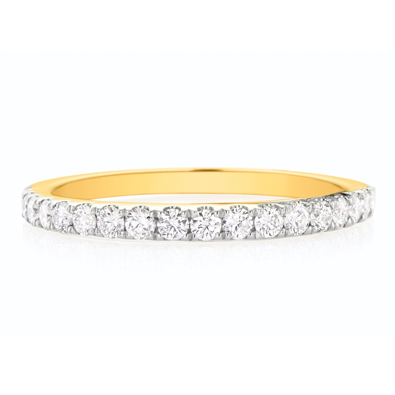 Halo 18ct Yellow Gold Round Brilliant Cut with 0.40 CARAT tw of Diamonds