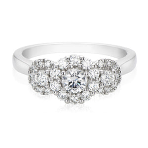 Halo 18ct White Gold Round Brilliant Cut with 3/4 CARAT tw of Diamonds