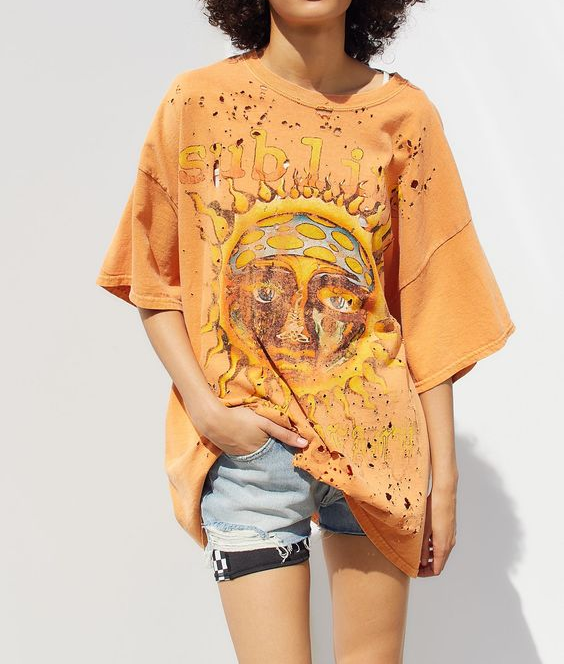 Trendy long hole print short-sleeved T-shirt
