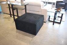 Load image into Gallery viewer, Ottoman lepouf 30x30x15