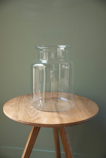 Grand vase en verre transparent