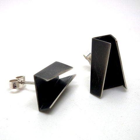 Double fold stud earrings