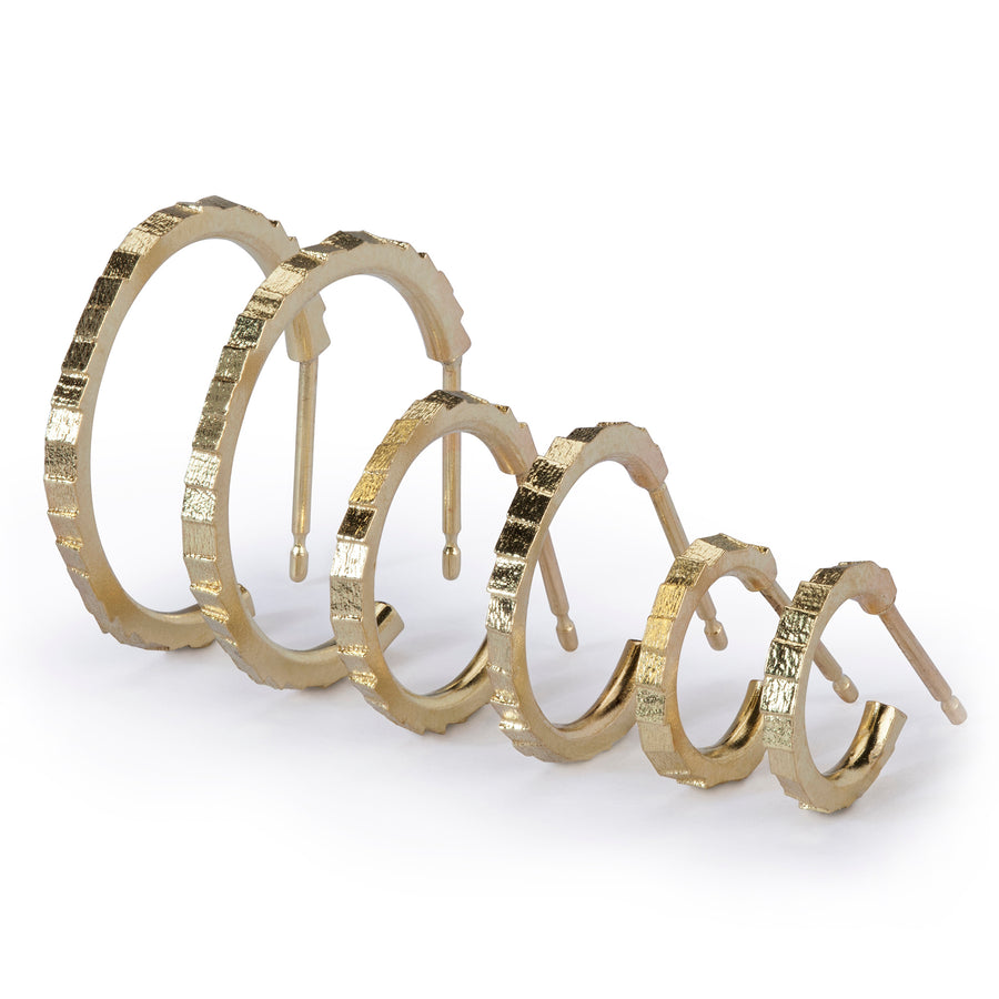 10mm single square hoop earrings