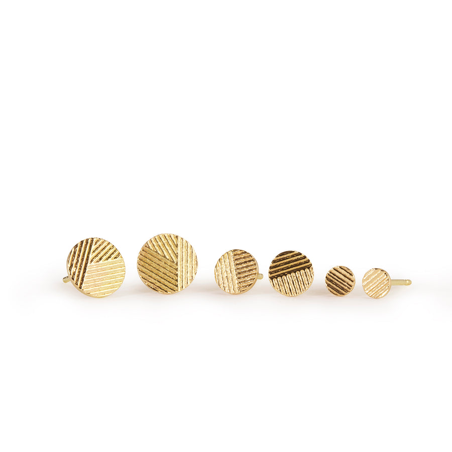 4mm Contour disc stud earrings