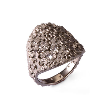 Medium Cube Shield ring