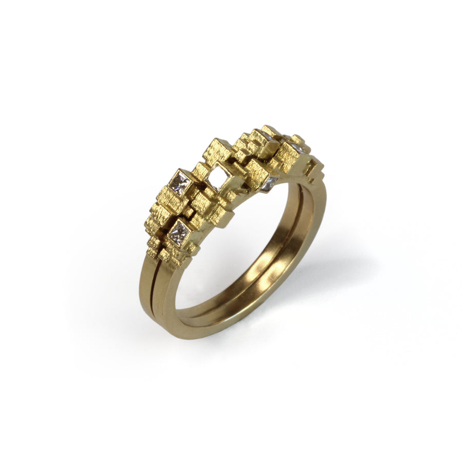 Medium cube stack ring set with 7 diamonds