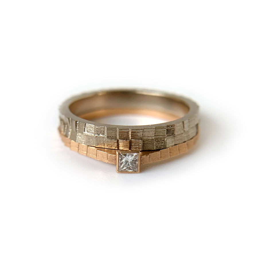Single square band with princess cut diamond