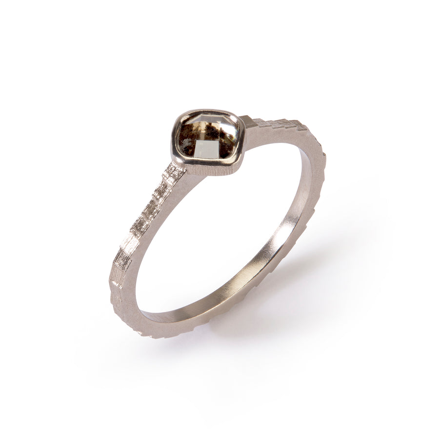 Single Square Band with 4.5mm checkerboard rosecut diamond