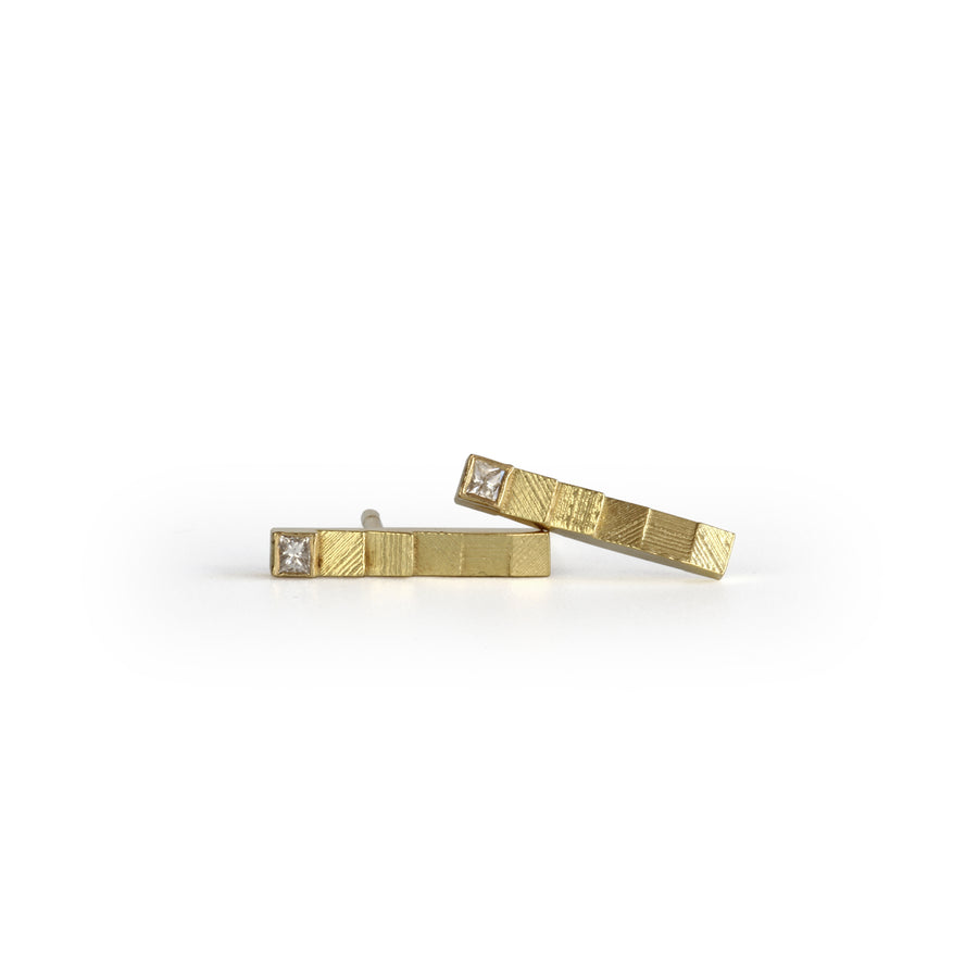Square bar diamond studs