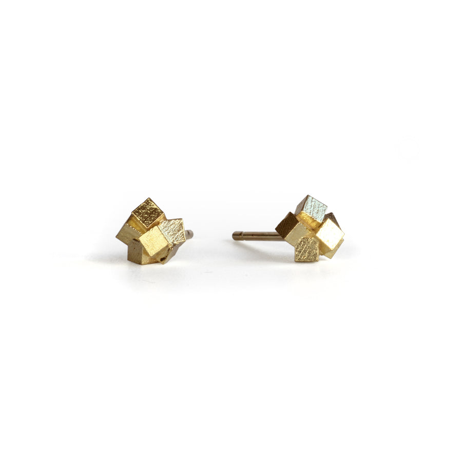 Cluster cube studs