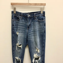 Load image into Gallery viewer, Hollister Denim Women's 5/6