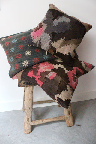 Kilim Cushion set Black Rose - Shirdak