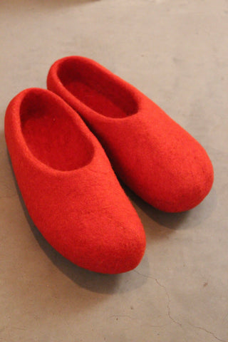 Slippers Red round nose size 38