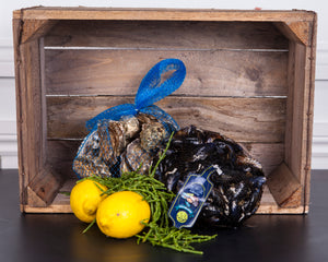 New Wave Mussel and Oyster Box