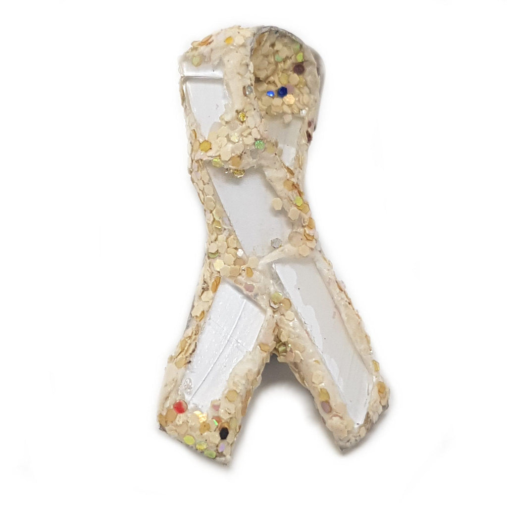 WHITE AND CREAM RIBBON BROOCH