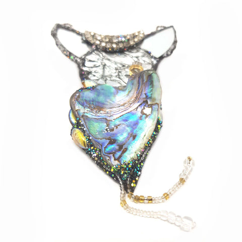 PAUA SHELL NECKLACE - HORNED HAPPINESS