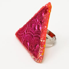 TRIANGULAR PINK RING