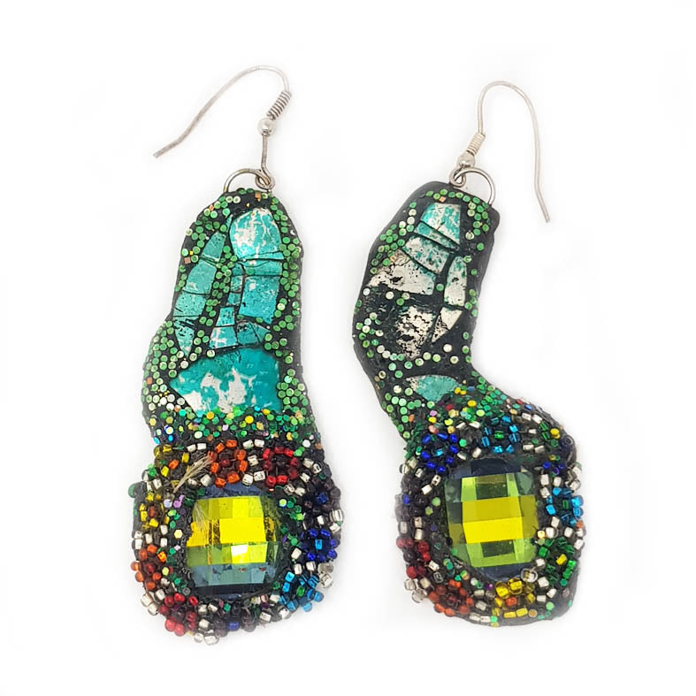GREEN MULTICOLOURED EARRINGS