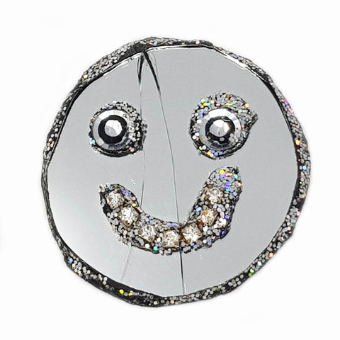 SILVER SMILEY FACE BROOCH - SUMMER
