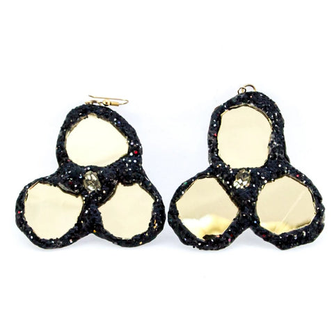 BLACK AND GOLD CLOVER EARRINGS