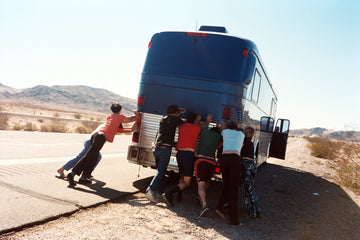 YYYS + Liars Bus breakdown Nevada , OCT 2002, 2002