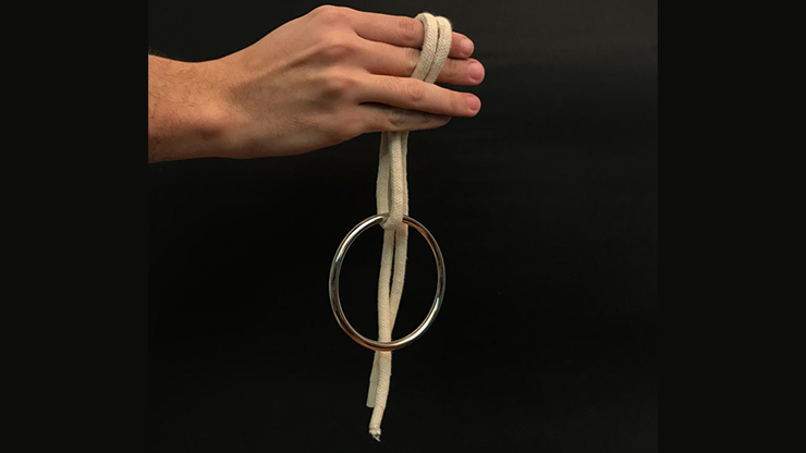 Ring on Rope by Bazar de Magia