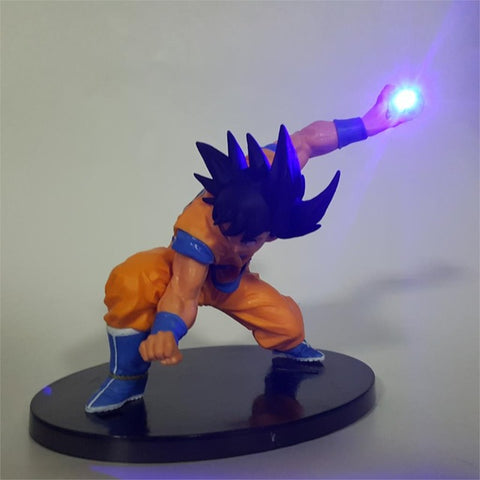 Lampe Dragon Ball z <br/> Goku attaque