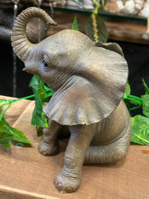 Load image into Gallery viewer, Elephant - part of the Leonardo collection