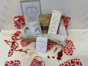 WEDDING 💕 themed gift hamper - Send to a Friend UK