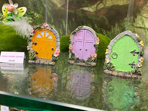 Small  FAIRY DOORS - Send to a Friend UK