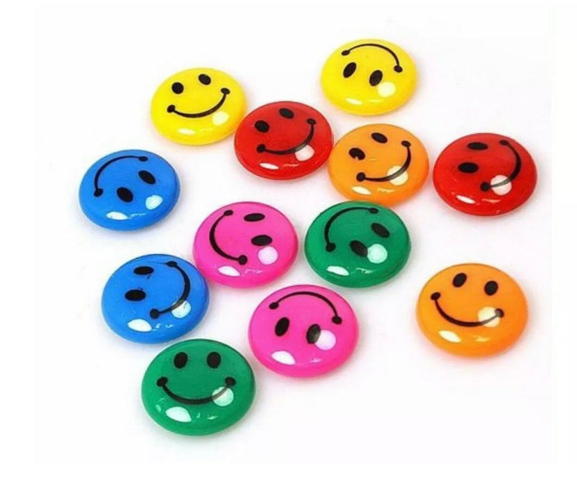 Smiley Face Fridge Magnet - Send to a Friend UK
