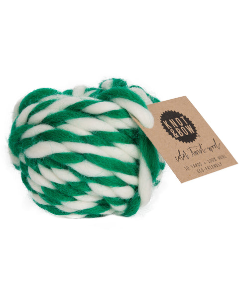 Knot & Bow Color Twist Wool Ball Emerald