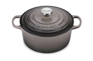Load image into Gallery viewer, Le Creuset Signature Round Dutch Oven