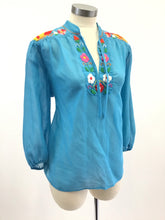 Load image into Gallery viewer, Vintage Embroidered Boho Blouse