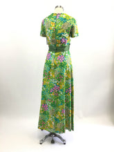 Load image into Gallery viewer, Vintage 60's Floral Maxi Dress
