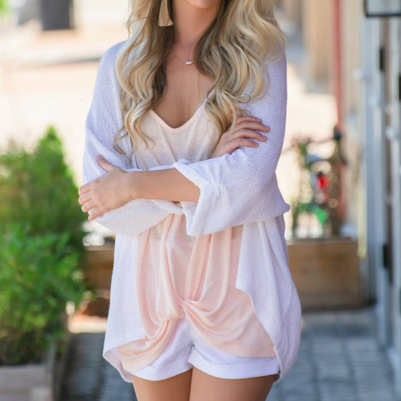 a9372946976c6 How To Style A Casual Summer Outfit With White Shorts - Siloe