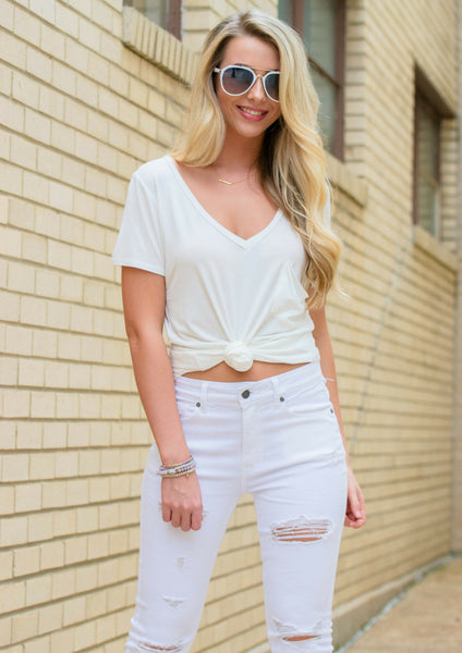 3 all-white monochromatic outfits