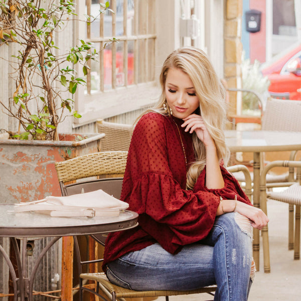 HOW TO STYLE A BALLOON SLEEVE CRIMSON TOP FOR A FALL OUTFIT