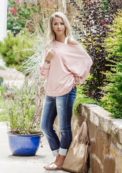 shop siloe women's boutique features how to style a cotton pink sweater for a back to school outfit