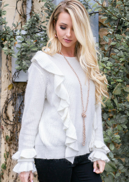 how to style a white ruffle sweater & leopard print coat for a thanksgiving outfit