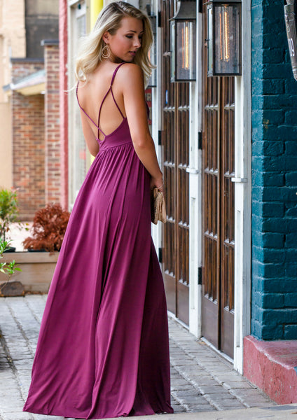 shop siloe women's boutique how to style a burgundy red maxi dress for a date night outfit