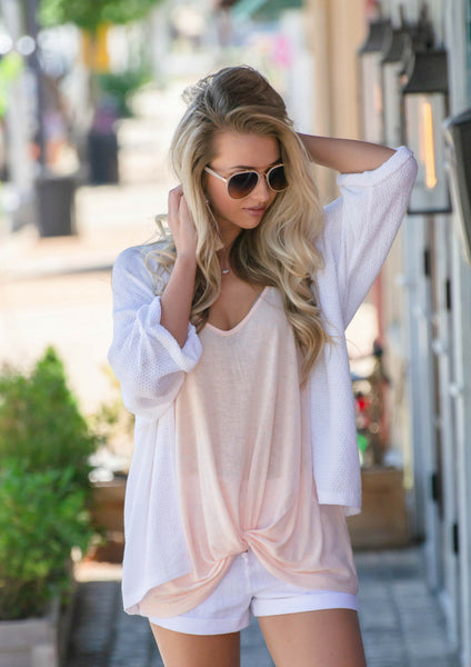 37a74a1c16d54 ... How to style casual summer outfit in white linen shorts & willow bling  sandals   shop