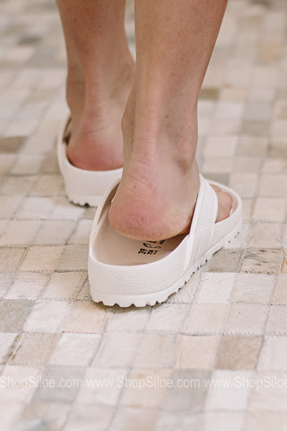 Honolulu Eva Birkenstocks | White | Regular