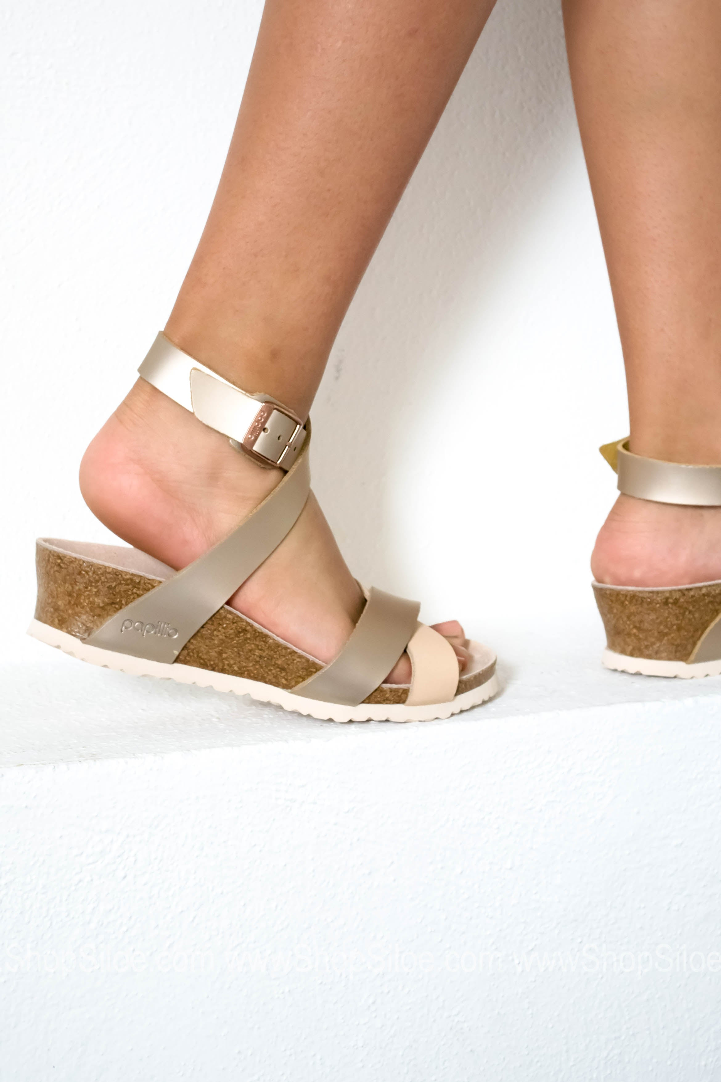 70a7513142d ... Lola Leather Frosted Metallic Rose Wedge