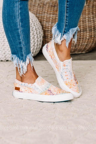 Maddox Canvas Sneakers | Skylight Tie Dye
