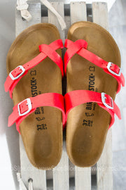 Mayari Birkenstocks | Graceful Hibiscus - Siloe