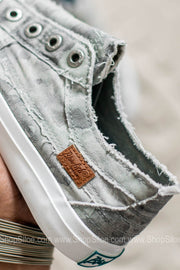 Play Canvas Sneakers | Gray Splatter Camo