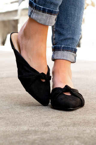 Pointed Toe Bow Detail Slip Ons