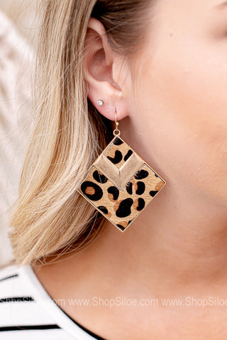Renfroe Diamond Shaped Animal Print Earring