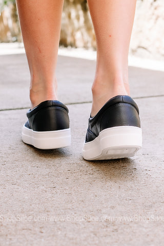 Step On In Slip On Canvas Sneakers | Black